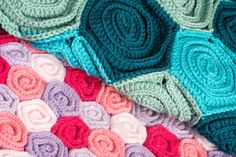 Crochet blanket patterns: Rose Field and Sea of Roses
