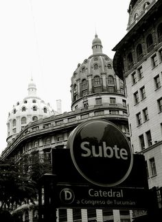Buenos Aires, Argentina-  Subte Linea D estación Catedral