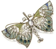 Vever butterfly pendant/brooch from the Art Nouveau period. .