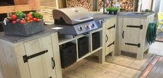45 Awesome Outdoor Kitchen Ideas and Design - Pandriva Bbq Kitchen, Outdoor Kitchen Bars, Outdoor Kitchen Design, Outdoor Kitchens, Kitchen Ideas, Backyard Bar, Backyard Kitchen, Backyard Ideas, Grill Bar