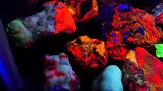 Fluorescent Minerals of Southern Arizona 2a