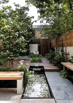 30 Wonderful Backyard Landscaping Ideas Molitsy B Terrace Garden, Lawn And Garden, Indoor Garden, Green Terrace, Terrace Decor, Balcony Decoration, Bamboo Garden, Fence Garden, Veg Garden