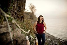 Kelsey Michelle | Photography. Lummi Island, Washington Senior Shoot. Beach Driftwood Senior Photoshoot. Bellingham Senior. Senior Girl Poses.