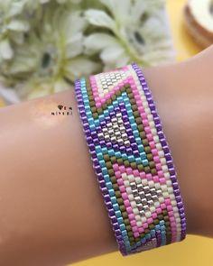 - 𝒞❀𝓁𝑜𝓇𝒻𝓊𝓁🌸💛🦄 ✩ ✩ ✩ ✩ ✩ ✩ ✩ ✩ ✩ … Miy ✩ ✩ ✩ ✩ ✩ ✩ ✩ ✩ ✩ ✩ ✩ ✩ ✩ ✩ ✩ ✩ ✩ ✩ ✩ ✩ ✩ Design✂️ & Photo📸 ➡️Dm miyuki – Peyote Stitch Patterns, Bead Loom Patterns, Beading Patterns, Jewelry Trends, Jewelry Accessories, Silver Bracelets, Beaded Bracelets, Bracelet Tutorial, Beads And Wire