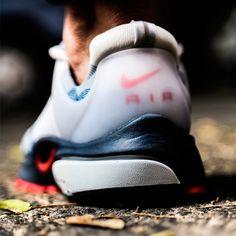 Aún estás a tiempo de hacerte con un par de la edición Olympic de las Nike Air Presto . Disponibles en nuestras tiendas y en https://www.zapatosmayka.es/es/catalogo/hombre/nike/deportivos/zapatillas/421010060140/presto/