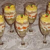 Sałatka z tuńczykiem Pudding, Desserts, Food, Tailgate Desserts, Deserts, Custard Pudding, Essen, Puddings, Postres