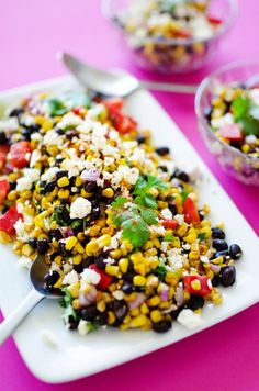 This Mexican Street Corn Salad is a healthy, simple take on elote, the delicious Mexican street vendor version of corn on the cob! Corn Salad Recipes, Corn Salads, Healthy Salad Recipes, Vegetarian Recipes, Cooking Recipes, Healthy Food, Vegetarian Mexican, Healthy Dinners, Shrimp Recipes