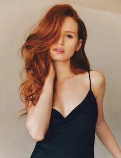 And last, but absolutely NOT least is the red headed BOMBSHELL Cheryl Blossom AKA Madelaine Petsch! Enjoy this hot collection of Madelaine Petsch sexy pics! Cheryl Blossom Riverdale, Riverdale Cheryl, Girl Crushes, Peinados Pin Up, Hair Flip, Auburn Hair, Red Hair Color, Hair Colors, Beautiful Redhead