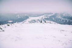 Vedere panoramica de pe Vf Poieni   Bihor in imagini Montana, Snow, Nature, Travel, Outdoor, Outdoors, Flathead Lake Montana, Naturaleza, Viajes