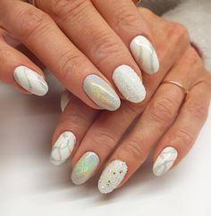 Shimmering, shiny, sparkling. Made by instructor Nails Company Beata Wójcicka