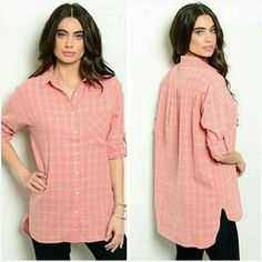 Jill Marie Boutique Tops - Pink & White button down tunic blouse Size Medium