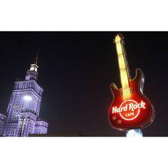 wycieczka  #warsaw #hardrockcafe #guitar #night #neon #lights #miastonocą #warszawa #capital #poland #pałackulturyinauki #palaceofcultureandscience #socrealism #2017 #188m #photoofthatday #instaart