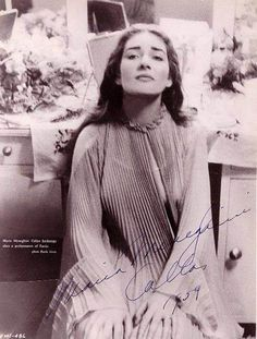 The Autographs and Written Scripts of Maria Callas Maria Callas, Robert Mapplethorpe, Bert Stern, Annie Leibovitz, Richard Avedon, Andy Warhol, Divas, Singing Quotes, Old Hollywood Glam