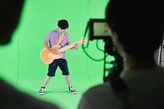 【バンタンデザイン研究所】関西出身の新星アーティストユナイテッドモンモンサンのキュートなMVを学生が撮影!