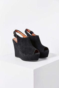 Jeffrey Campbell Dexter Wedge Sandal - Urban Outfitters