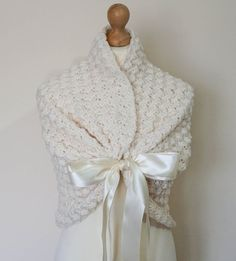 Hey, I found this really awesome Etsy listing at https://www.etsy.com/listing/246364732/cuddly-flower-girl-shawl-little-girl