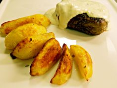 Argentinian beef fillet with gorgonzola cheese sauce