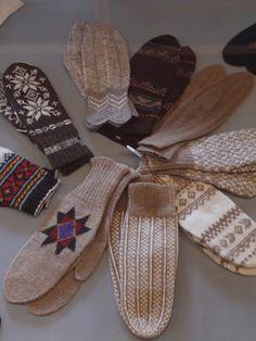 Icelandic mittens
