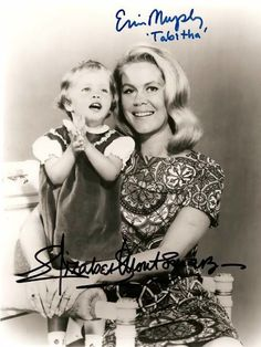 Elizabeth Montgomery as 'Samantha' & Erin Murphy as 'Tabitha' in Bewitched (1966)