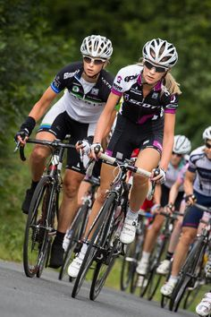 Women Elite Cycling. Bicycles Love Girls. http://bicycleslovegirls.tumblr.com/