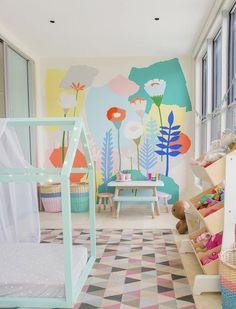 Роспись единорога на стенах в детской комнате. Роспись стен в интерьере детской комнаты: идеи и мастер-класс.