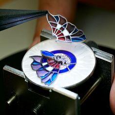 Van Cleef & Arpels Lady Arpels Papillon Extraordinaire watch – Plique-à-jour enamel