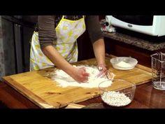 Le Ricette di Cicerone - Sagne e Fagioli - YouTube Fagioli, Terracotta, Youtube, Youtubers, Terra Cotta, Youtube Movies