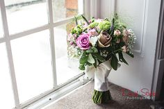 Premium wedding flowers from the finest U.S. growers, Wholesale Flowers by the bunch or the case no minimum order. Nationwide to your door delivery. Visit http://www.wholesaleflowersovernight.com for more details