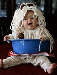 Magnifico halloween costume! Spagetti & Baby!