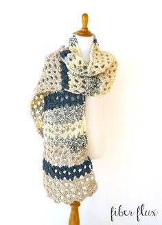 The Mountaintop Super Scarf is on trend and very cozy. Super scarves are everywhere lately and this one is easy to stitch up, modern, and had beautiful texture created with chunky lace. This is a pe