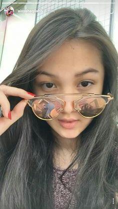 Mirrored Sunglasses, Sunglasses Women, Ioi, Aesthetic Girl, Ulzzang, Manga, Pretty, Cute, Artist