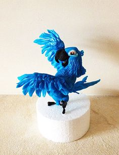 Blu from Rio ~ edible sugarpaste figure