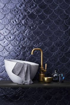 Zellige: The new tile trend is not to be missed! – tile The post Zellige: The new tile trend not to be missed appeared first on Best Pins for Yours - Bathroom Decoration Interior Tropical, Fish Scale Tile, Design Industrial, Fish Scales, Bathroom Wallpaper, Brick Wallpaper, Gold Wallpaper, Textured Wallpaper, Blue Tiles