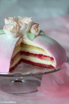 A Food, Good Food, Food And Drink, Yummy Food, Finnish Recipes, Doughnut Cake, Ice Cream Cookies, Recipes From Heaven, Some Recipe