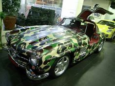 camouflage??! Who would do something like this to this car?!