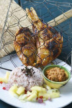 Indonesian Medan Food: Ikan Mas dan Sambal Andaliman ( Golden fish and Andaliman)
