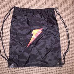 Gatorade draw string backpack! Black Gatorade draw strong backpack! In great condition! Nike Bags Backpacks