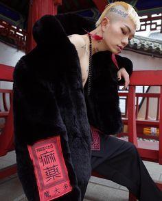 -  - Faux fur jacket (BK)  MORETHANDOPE.COM  #morethandope