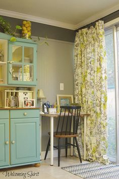 painted trim near ceiling. - I'd like to do this with bead board in the play room.