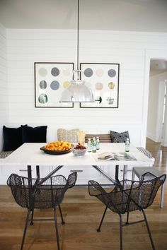 Love a good breakfast nook, great detailing off a kitchen. #interiors