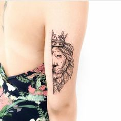 Ideas Of Meaningful And Great Tattoos For Girls Mini Tattoos, Great Tattoos, Unique Tattoos, Body Art Tattoos, Small Tattoos, Tattoos For Guys, Tattoos For Women, Small Lion Tattoo For Women, Tattoo Girls