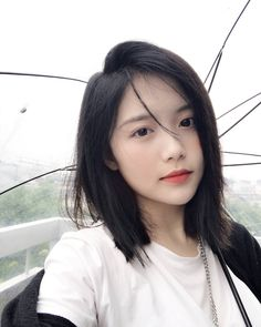 Gifts that Keeps On bouncing Early morning BooBers be a bouncing Pelo Ulzzang, Ulzzang Girl, Ulzzang Short Hair, Asian Short Hair, Girl Short Hair, Short Hair Korea, Hairstyles For Fat Faces, Girl Hairstyles, Medium Hair Styles