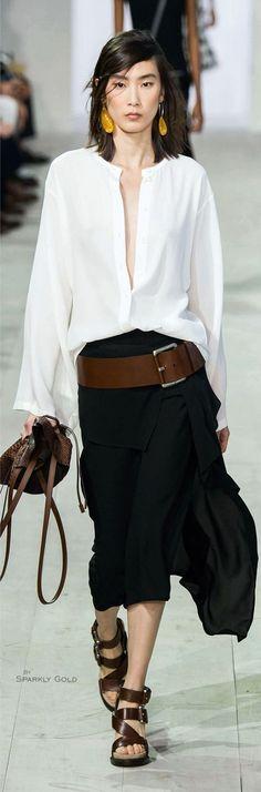 Look dété : Michael Kors Spring 2016 RTW http://feedproxy.google.com/fashiongobags