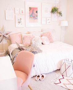 pink vibes room   @allisonschaper 01.18