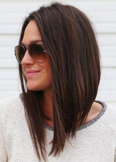 Long bob hairstyles and haircuts are easy to wear but require a quick styling method. You can style your lob as a down up do or lift your locks in a sort length hair styles easy long bobs 45 Cute Long Bob Hairstyles And Haircuts In 2017 Longbob Hair, Medium Hair Styles, Short Hair Styles, Hair Medium, Medium Layered Hair, Langer Bob, Great Hair, Amazing Hair, Hair Hacks