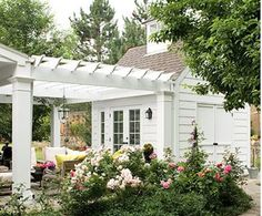 Very nice pergola covered walkway or patio area attaching the main house to the pool house/guest house/tool shed. Like the attention to detail with the addition of a cupola on the pool house (? Outdoor Rooms, Outdoor Gardens, Outdoor Living, Formal Gardens, Casas California, Br House, House Roof, Garage House, Verge