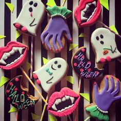 HALLOWEEN LOLLIPOP COOKIE - THUMB AND CAKES♡