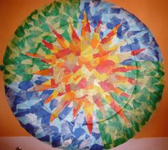 Hem imitat un plafó del Parc Güell, amb un plat de cartró i paper de seda. Aluminum Foil Art, 3rd Grade Art, Antoni Gaudi, Mosaic Patterns, Mosaic Art, Paper Art, Art For Kids, Art Projects, Outdoor Blanket