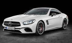 """#MercedesBenz #ClaseSL.  El roadster con un nuevo frontal,reminiscencia elegante del """"deportivo del siglo""""."""