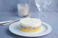салат мимоза Lunches And Dinners, Vanilla Cake, Salad, Desserts, Food, Tailgate Desserts, Deserts, Essen, Salads